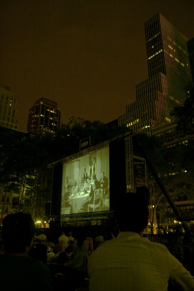 Bryant Park Movie / New York 2010