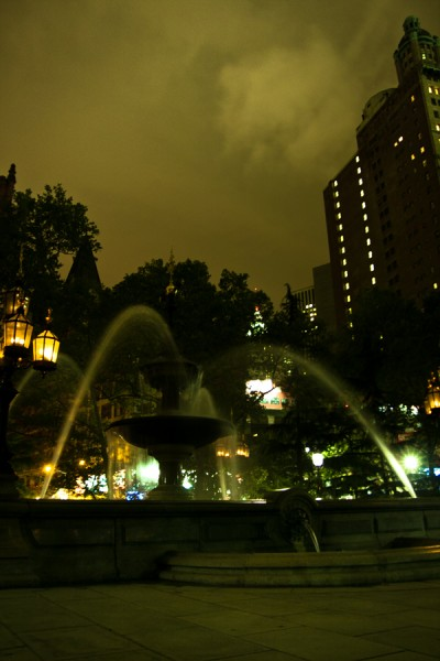 Downtown Fountain / New York 2010