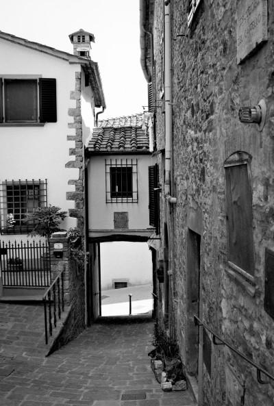 Passageway / Tuscany 2013