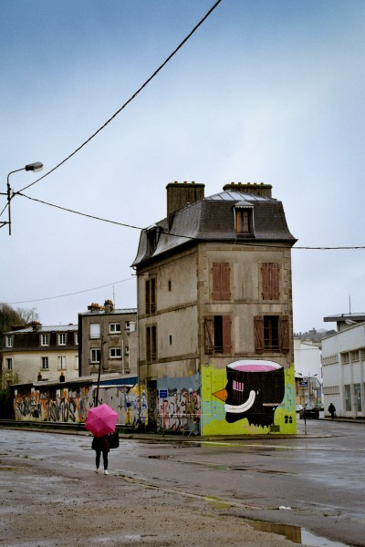 The Pink Umbrella / Brest, France 2012